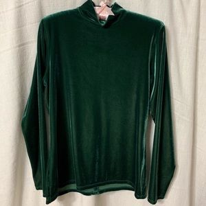 Green velour long sleeve Metropolitan top w/ zip